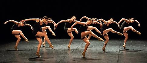 Ballet_Opéra_Lyon_3_DFA_FOL26.png