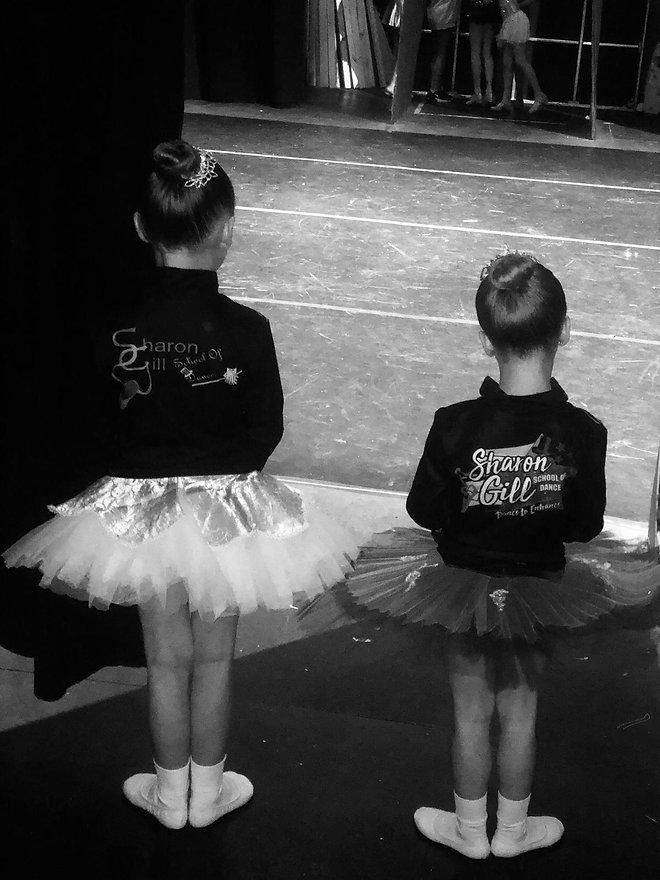 Sharon Gill School of Dance ballet dancers.