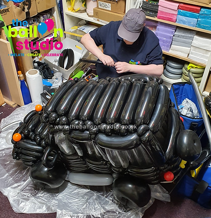 Balloon Jeep.png