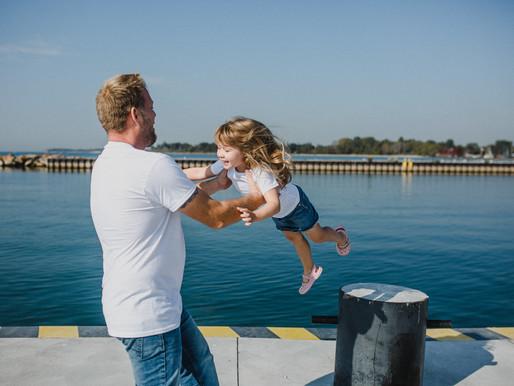 Levasseur Family Lifestyle Session | Whitby Beach, ON | Carol Poitras Photography