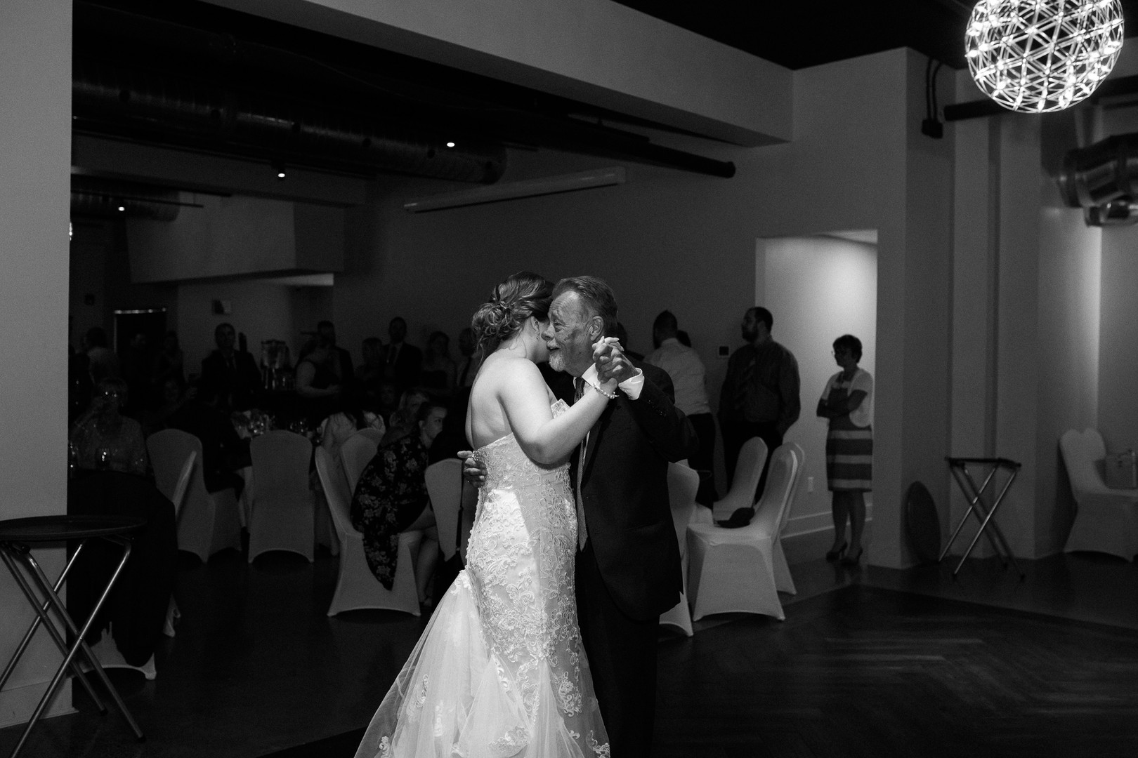 Toronto Wedding Photographer-6.jpg