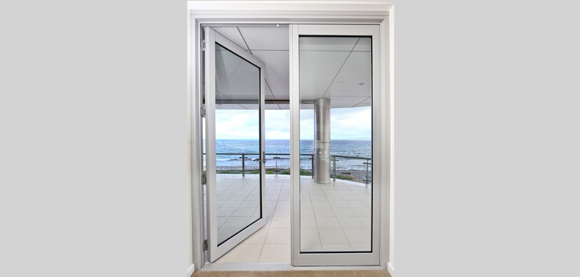 Crestlite hinged door1