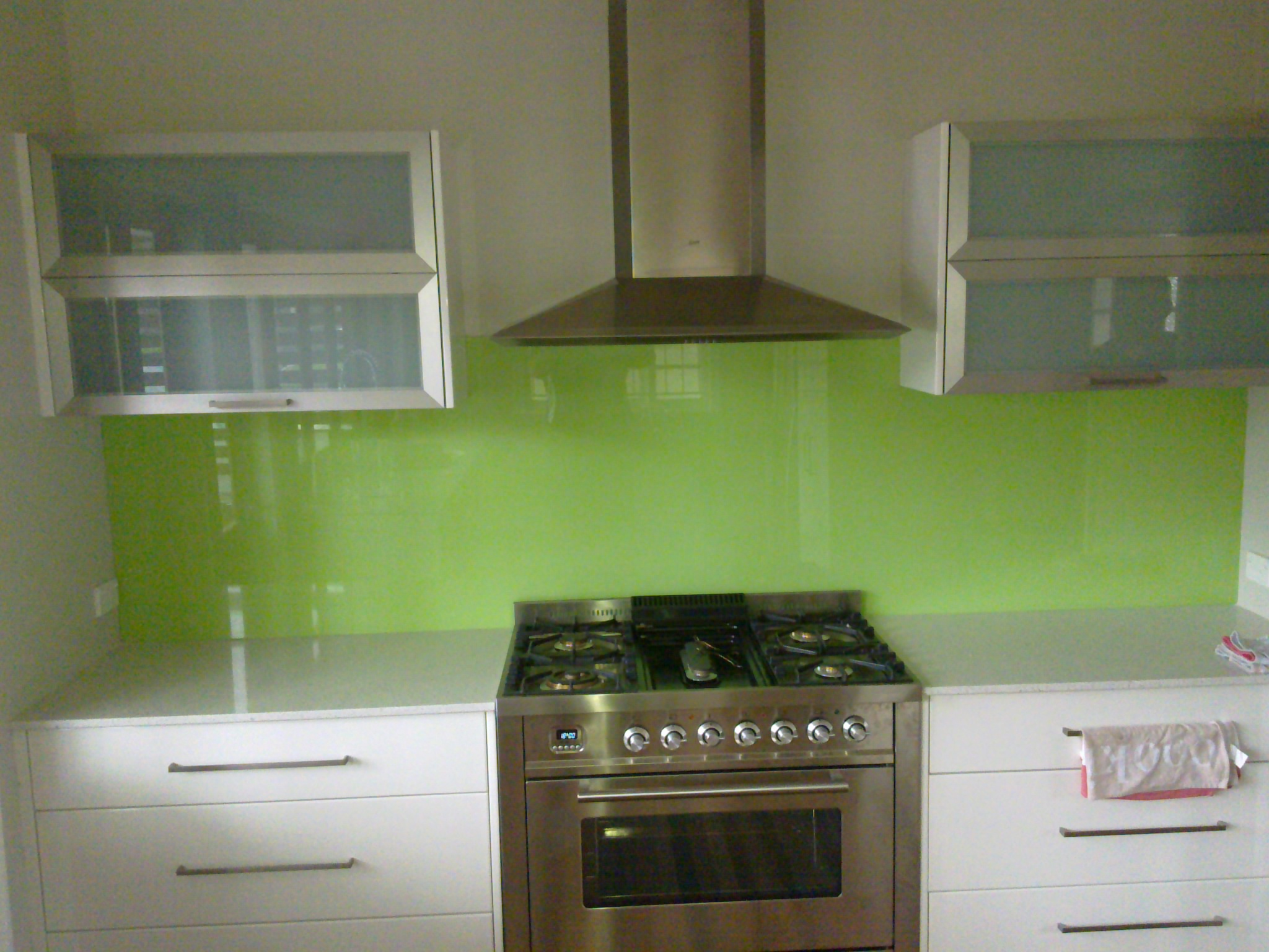 painted optiwhite® splashback