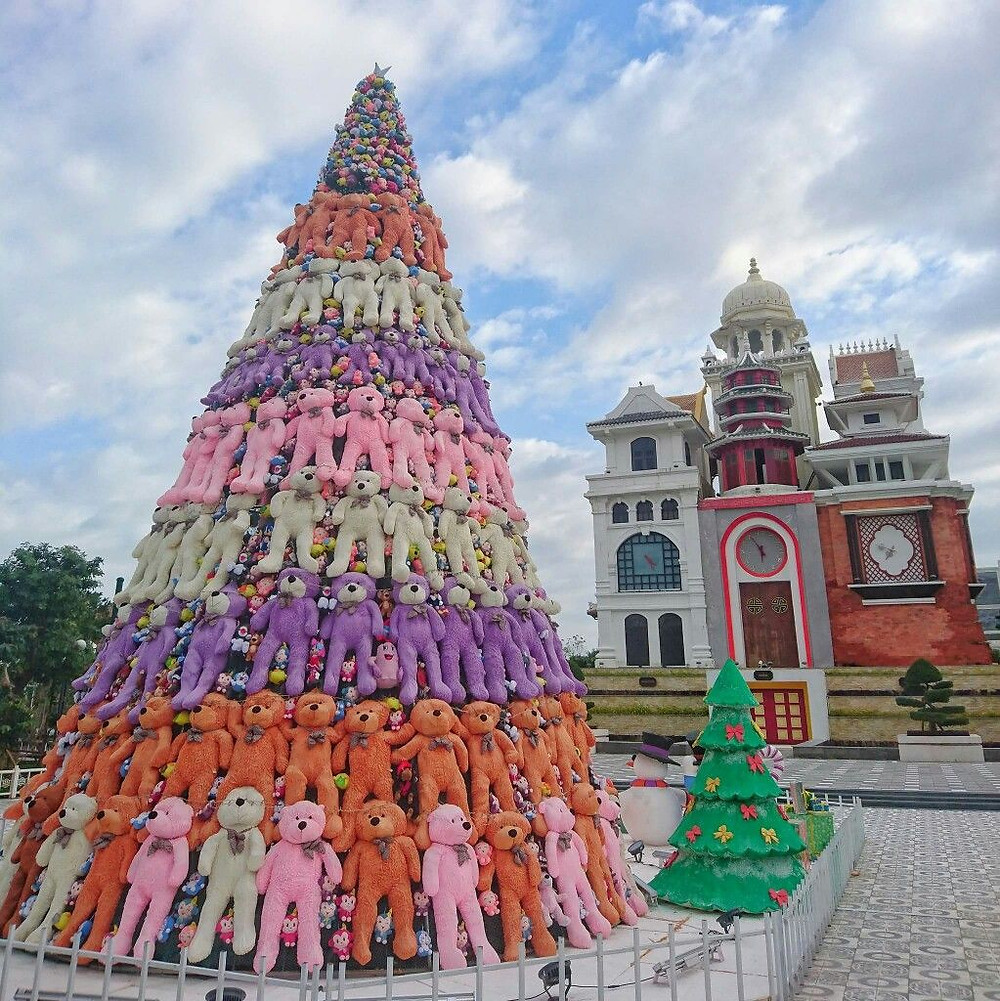 TOP TRAVELLING SPOTS FOR CHRISTMAS IN DANANG