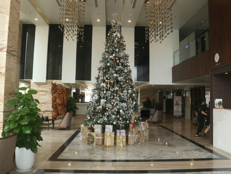 TOP DANANG HOTELS WITH THE MOST BEAUTIFUL CHRISTMAS DECORATION