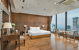 TOP HOTEL WITH THE BEST VIEW IN DANANG