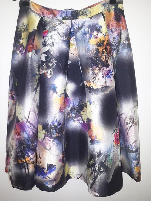 A-line taffeta printed skirt with pockets