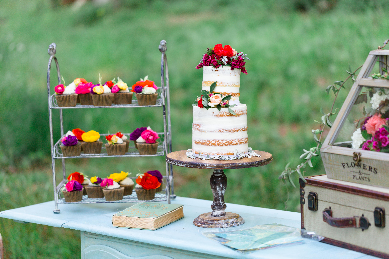 Birdie Rack, Rustic Cake Stand