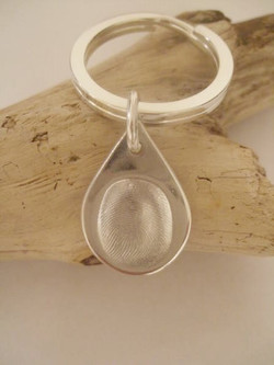 Tear drop keyring