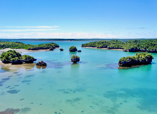 Baie Moramba 01a.jpg
