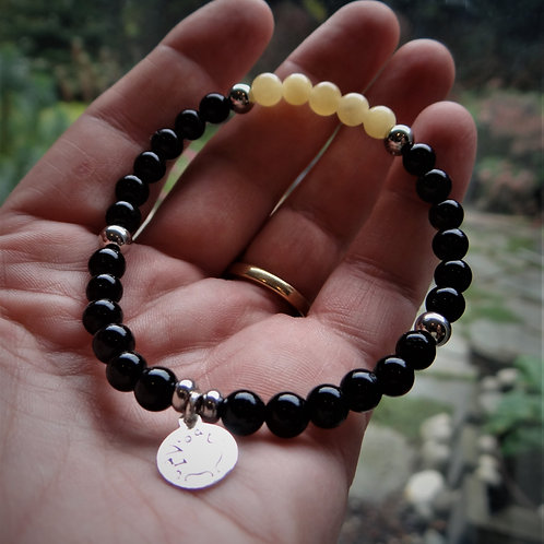 Yellow Jade and Onyx Bracelet
