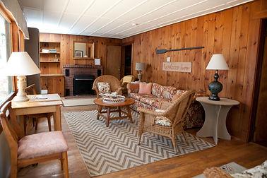 Woodbound Inn 2019-86.jpg