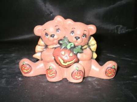 cuddle bears with pumpkin