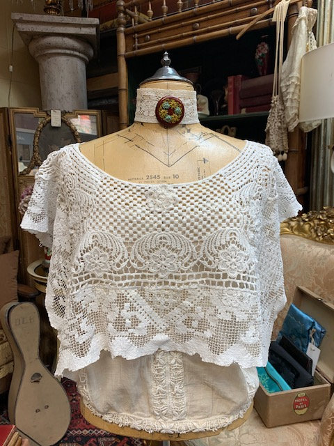 Cropped Ivory Crochet Topper