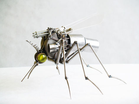 mosquito-sculpture_edited_edited.jpg