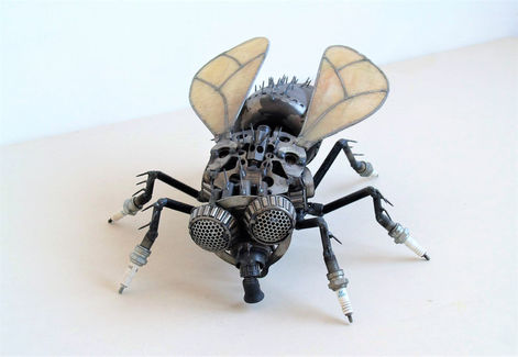 fly sculpture