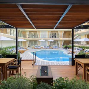Oceana Hotel Pergola & Deck