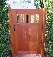 Craftsman-Wood-Gate.jpg