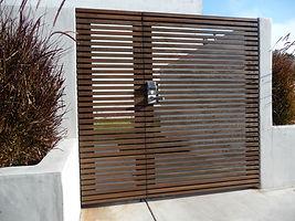 Modern-Wood-Entry-Gate.jpg