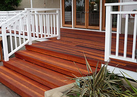 Traditional-Redwood-Deck-Beach.jpg