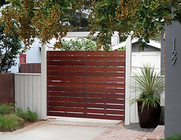 Modern-Mangaris-Wood-Gate.jpg