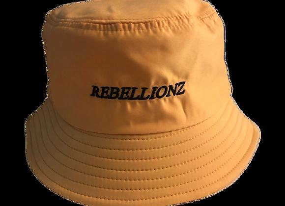 chapeau seau (avec broderie)