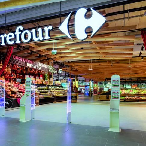 Carrefour confident on overhaul despite weak third quarter in France