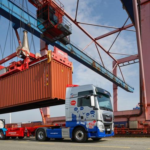 Declining EU immigration hits UK logistics sector