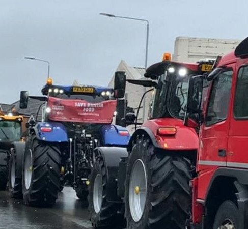 Tractors drive through Melton Mowbray in farming rules protest