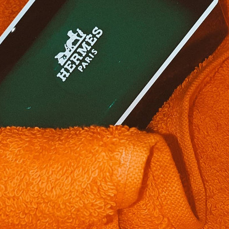 2020 color of the year: hermès orange
