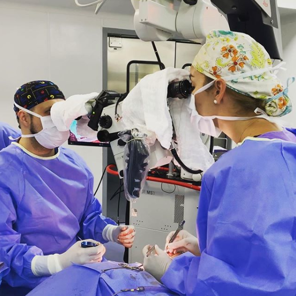 Instagram Cirujano Plástico