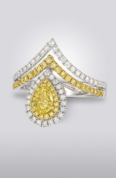 YELLOW PEAR-SHAPE DIAMOND RING