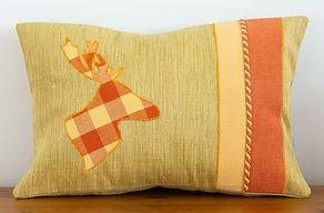 Cushion Deer 2.jpg