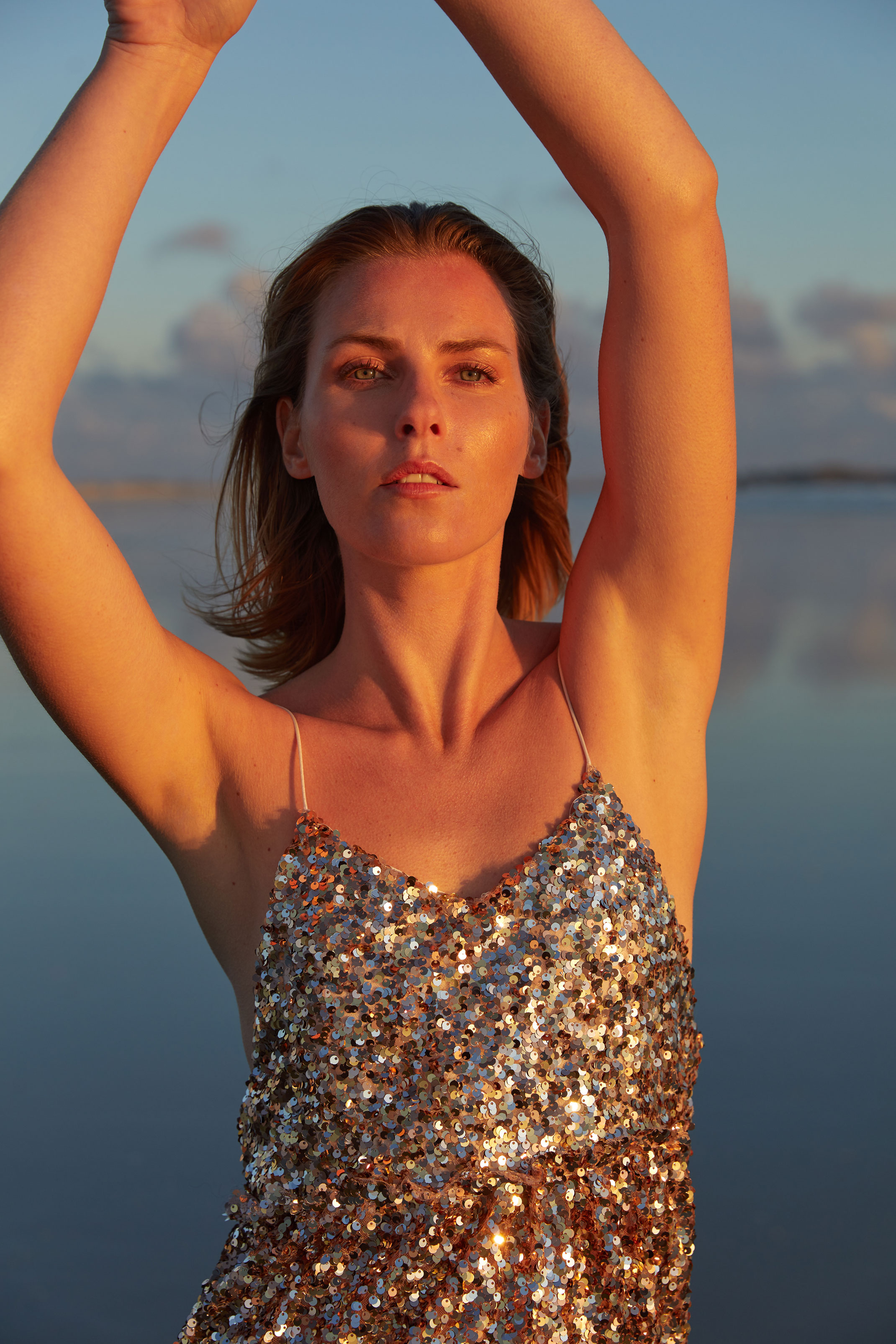 photographe professionnel mode et beauté avec mannequin et styliste en bretagne