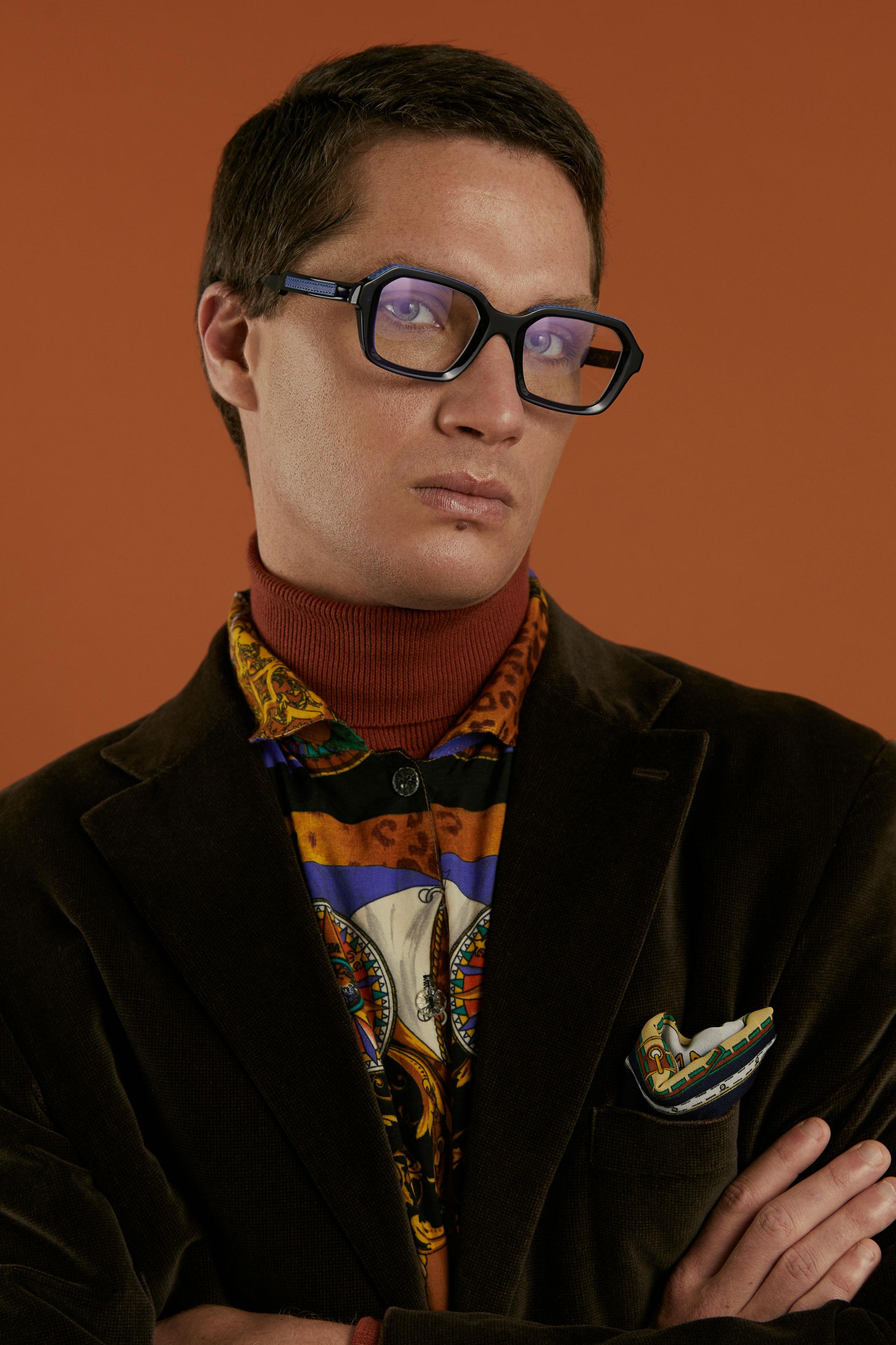 photographe mode et portrait en studio pour boutique de lunettes à Brest