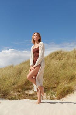 photographe professionnel mode et beauté avec mannequin agence