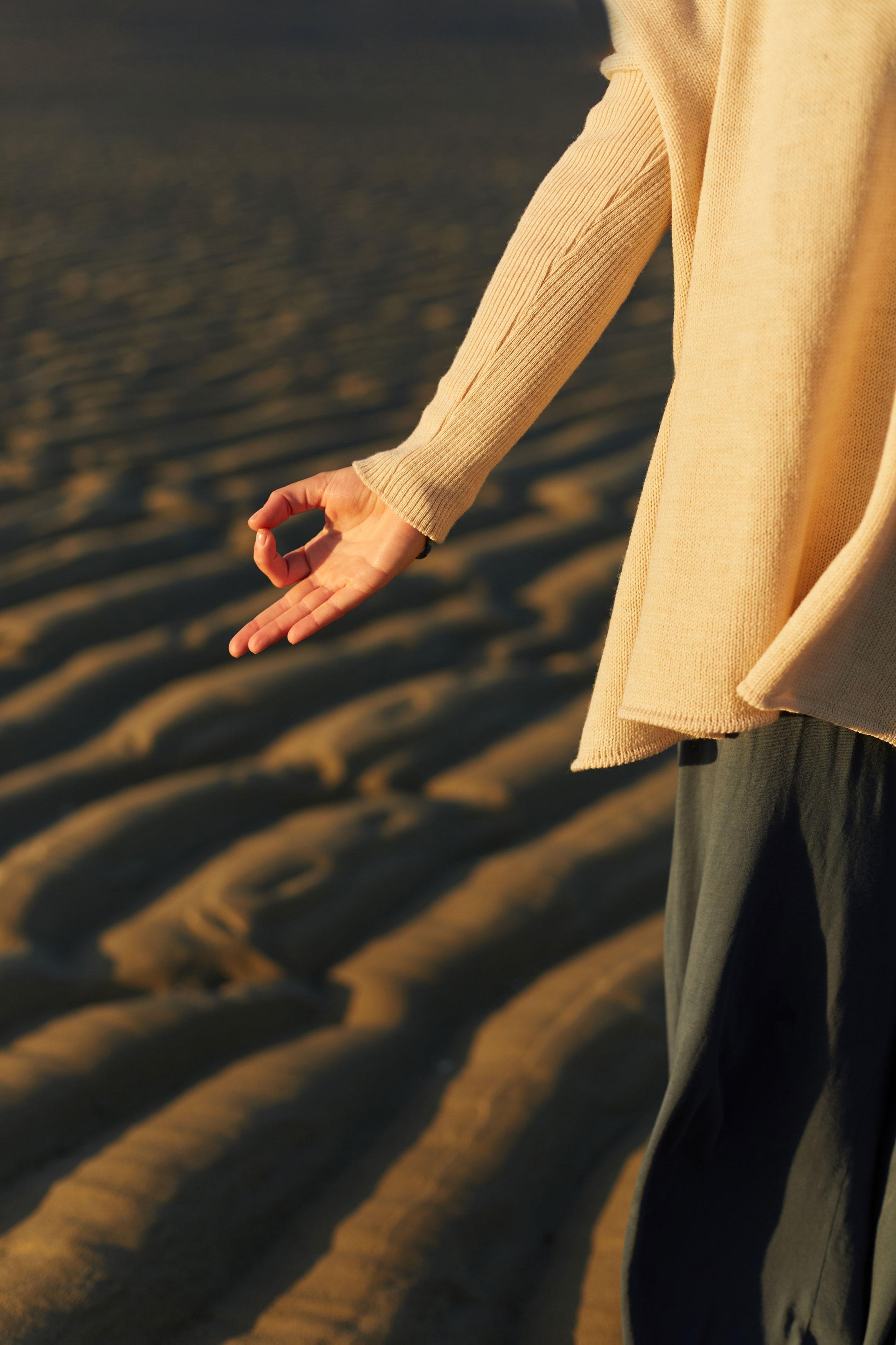 photo détail d'une série lifestyle et yoga pour une prof
