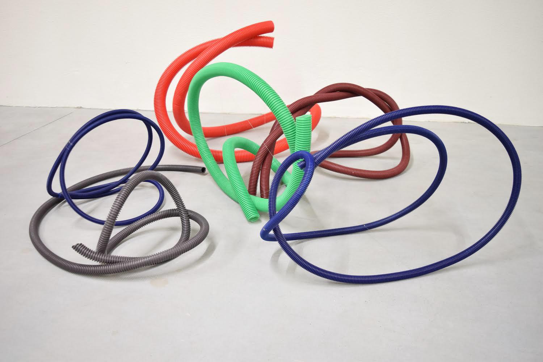 forced ergonomics (six strings for improvisation)