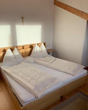 4_Schlafzimmer_2.jpg