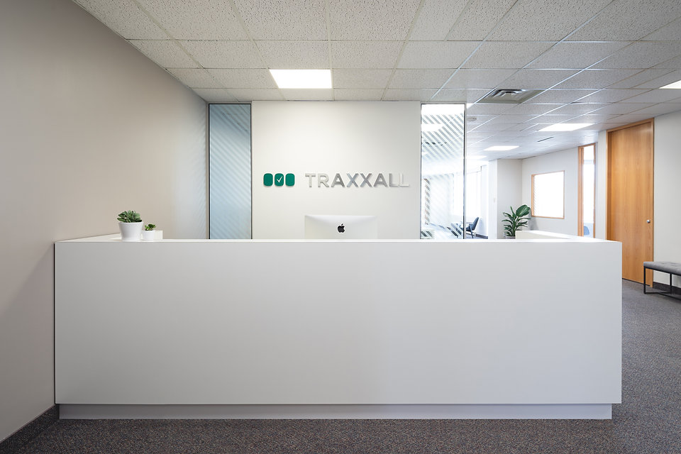 001-A-TRAXXALL.jpg