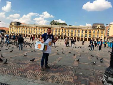 Diciembre 2018: Gaufrini en las calles de Bogotá vendiendo sus waffles