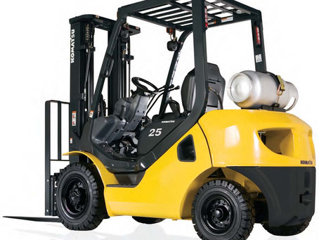 8 Signs Which Show Your Forklift Needs a Service or Maintenance