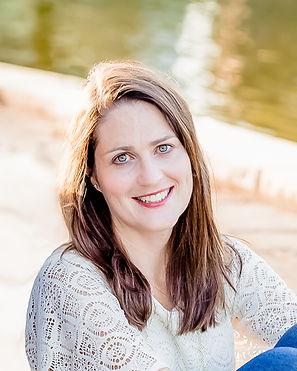 Rachel Magee author photo.jpg