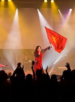 LIVE in HoChiMinh, Vietnam