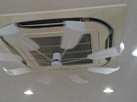 エアコンの風よけ設置