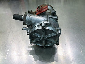 MB 280sl Fuel Pump.jpg