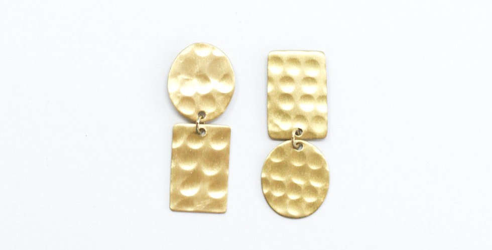 Hammered Flipped Shapes Earrings - Gold