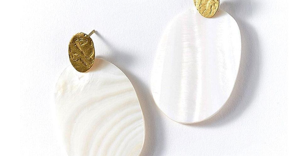 Dhavala Earrings - Pearl Stud