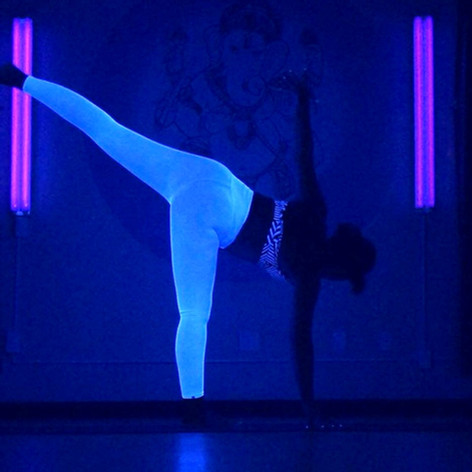 Hot Luminous Glow Yoga