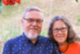 Jomie mit Frau.jpg